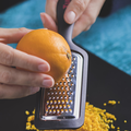 Tupperware SchneidFlex Flexible Schneidunterlage -man kann Seiten hochbiegen und das Geschnittene sicher in einen Top oder Behälter geben