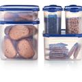 Tupperware Quadratischer Behälter 4,0 l gefüllt mit Süßigkeiten, Knabbereien und Getreide