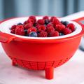 Tupperware Saladin®    zum Abtropfen von Himbeeren
