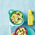 Tupperware Maximilian-Spar-Set (2) kleine Schüssel mit Salat auf dem Tisch
